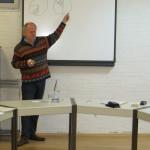 Daniel Bannasch erklärt die Energiewende anhand 9 einfacher Zeichungen, die auch auf einen Bierdeckel passen.